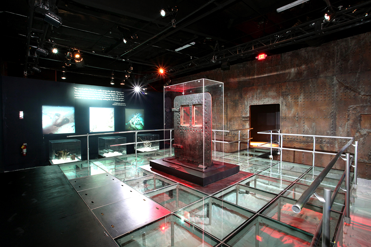 bodies-&-titanic-premier-exhibition-center-01