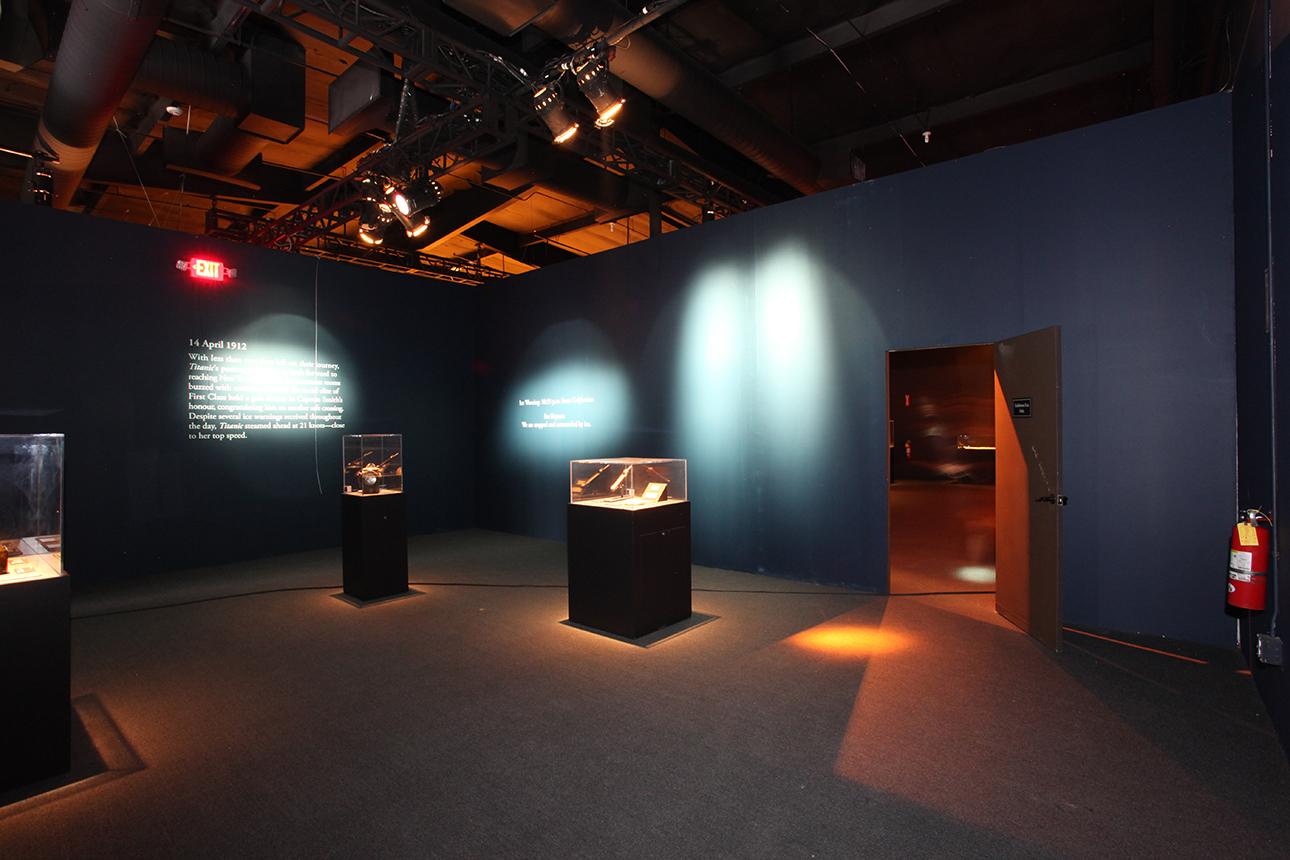 bodies-&-titanic-premier-exhibition-center-04